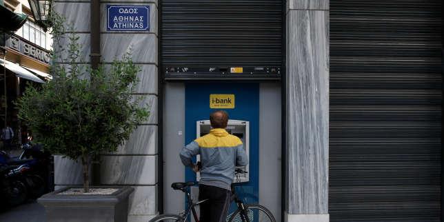 La Grèce emprunte au même niveau que l'Italie, signe de l'amélioration de son économie