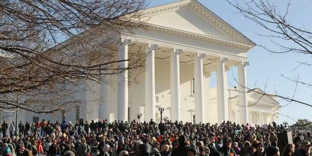 Démonstration de force des partisans du droit à détenir des armes à Richmond, en Virginie