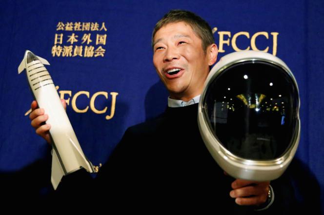 Yusaku Maezawa, le 9 octobre 2018, lors d'une conférence de presse à Tokyo.