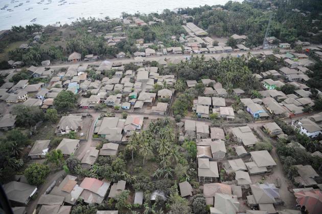 Les maisons aux alentours du Taal, le 21 janvier.