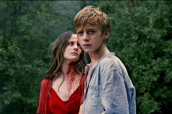 Fantine Harduin (Gloria) et Thomas Gioria (Paul).