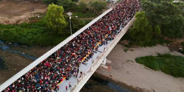 Au sud du Mexique, une caravane de migrants défie la politique migratoire du président