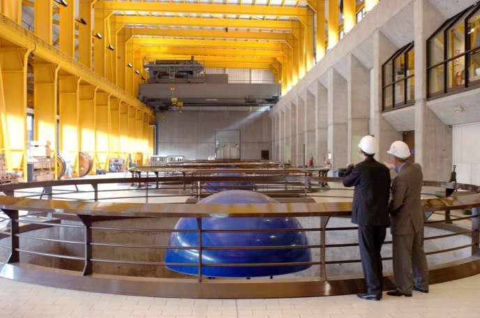 La centrale hydraulique EDF de Grand Maison, le 11 mai 2007 à Allemont.