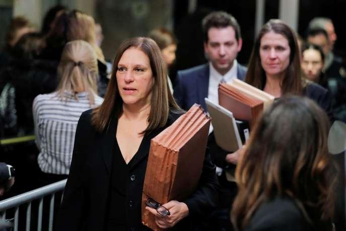 Les femmes qui ont témoigné contre Harvey Weinstein « ont sacrifié leur dignité, leur intimité, leur quiétude dans l'espoir de faire entendre leur voix », déclaré la procureure Joan Illuzzi-Orbon dans son réquisitoire final.