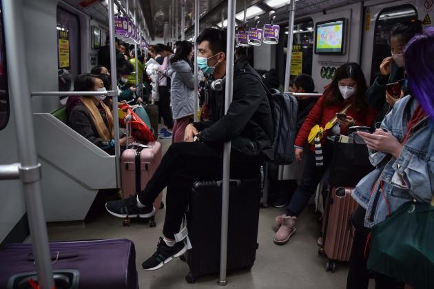 Le 22 janvier dans une rame du métro de Shanghaï.