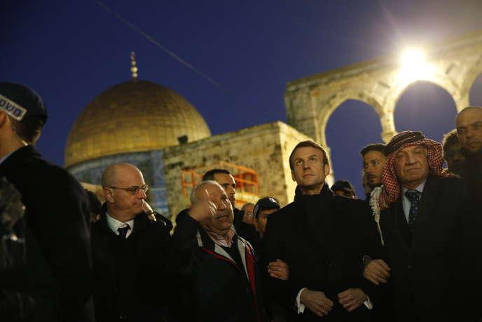 Emmanuel Macron à l'esplanade des Mosquées, à Jérusalem, le 22 janvier.