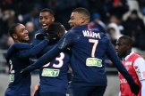 Le bonheur des joueurs du Paris Saint-Germain qui se sont qualifiés mercredi 22 janvier pour la Coupe de la Ligue.