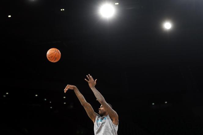 Marvin Williams (Charlotte Hornets) lors d'un entraînement à Paris, jeudi 23 janvier 2020.