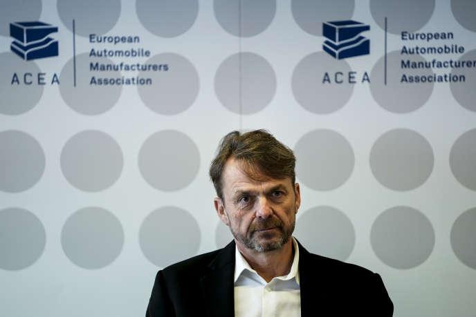 Mike Manley, patron de Fiat Chrysler et président de l'Association des constructeurs européens d'automobiles (ACEA), à Bruxelles, mercredi 22 janvier.
