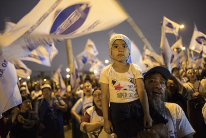 Rassemblement des partisans du Front populaire agricole du Pérou, à Lima, le 22 janvier.