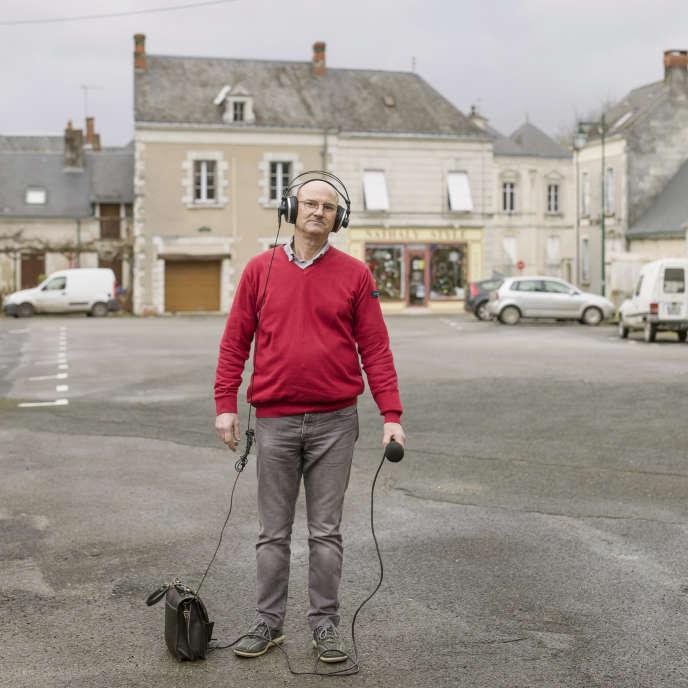 Philippe Girard, fondateur et animateur de RPS FM (Radio Parçay Stéréo), à Parçay-les-Pins (Maine-et-Loire).