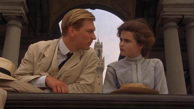 Julian Sands etHelena Bonham Carter dans «Chambre avec vue», de James Ivory.