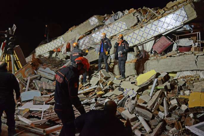 Un séisme frappe l'est de la Turquie, faisant plus de vingt morts 9441be2_5035288-01-06