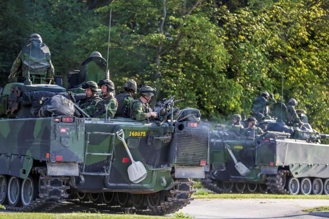 Des militaires suédois sur l'île de Gotland, le 14 septembre 2016.