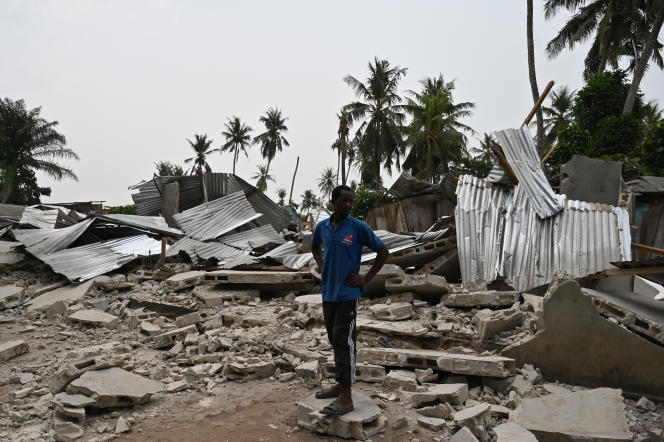 Après le passage des bulldozers à Aérocanal, le quartier qui jouxte l'aéroport Houphouët-Boigny, à Abidjan, le 23 janvier 2020.