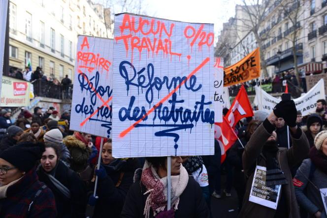Manifestation contre la réforme des retraites le 24 janvier à Paris.