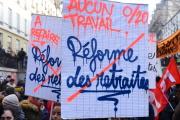 Manifestants contre le projet de réforme des retraites, boulevard Saint-Martin à Paris, le 24 janvier.