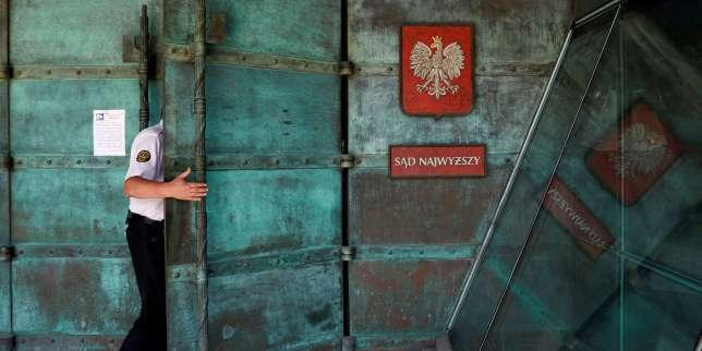 En Pologne, la drôle de guerre des juges