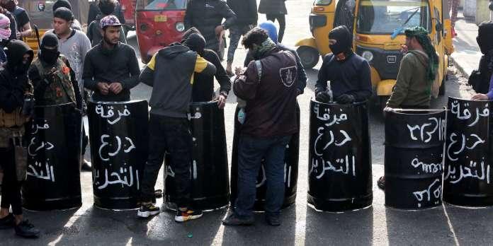 Répression meurtrière des protestations antipouvoir en Irak après le revirement de Moqtada Al-Sadr