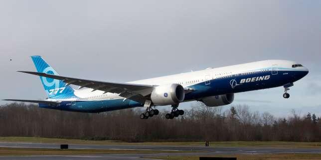 Le Boeing 777X réussit son vol inaugural, après plusieurs reports