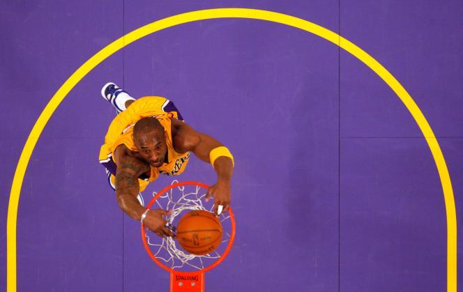 Kobe Bryant en match NBA à Los angeles (Californie), le 28 janvier 2011.