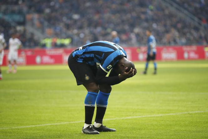 L'attaquant de l'Inter MilanRomelu Lukaku avait été la cible de cris racistes des supporteurs sardes lors de la rencontre opposant son club au Cagliari Calcio au stade San Siro de Milan, le 26janvier.