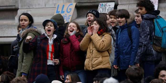 Plus de cinquante chefs d'établissements scolaires parisiens demandent que « cessent les blocages »