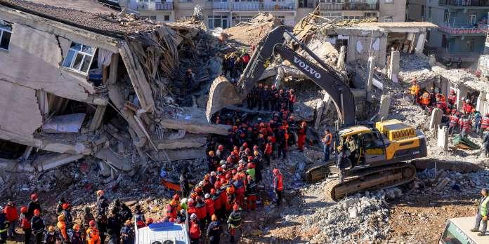 Après le séisme en Turquie, l'espoir de retrouver des survivants s'amenuise