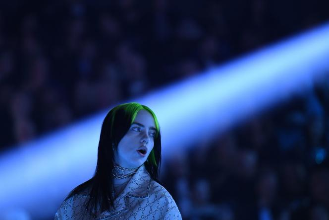 US singer-songwriter Billie Eilish performs during the 62nd Annual Grammy Awards on January 26, 2020, in Los Angeles. / AFP / Robyn Beck