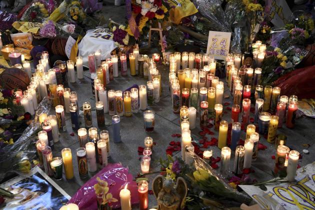 L'hommage à Kobe Bryant à côté du Staples Center.