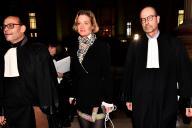 Delphine Boël entourée de ses avocats, avant son audience devant la cour de cassation à Bruxelles, le 13 décembre 2019.