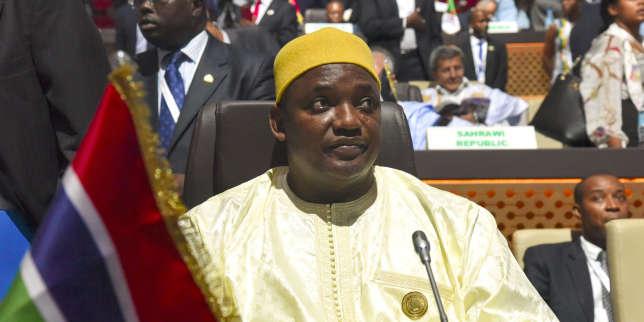 Gambie: Adama Barrow contesté dans la rue, le gouvernement serre la vis