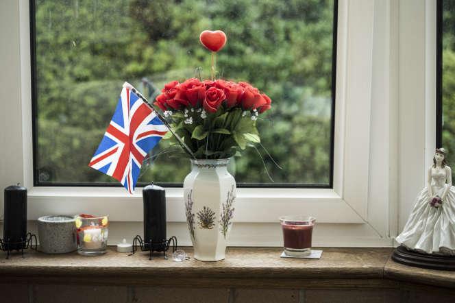 Un drapeau britannique dans le salon d'un partisan pro-brexit, àCarlisle au nord du Royaume-Uni, le 28 juin 2016.