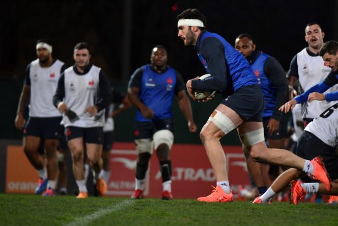 Le capitaine de l'équipe de France de rugby, Charles Ollivon, lors d'une séance d'entraînement, à Nice, le 28 janvier.