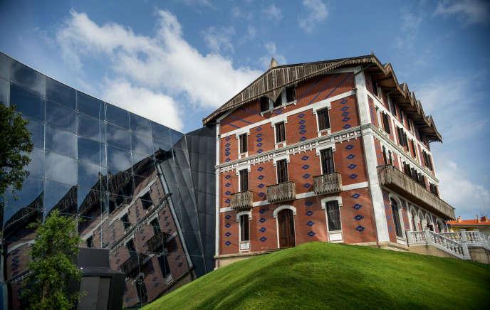 Le musée Cristóbal Balenciaga, à Getaria, en Espagne.