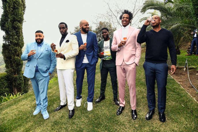 De gauche à droite : DJ Khaled, P. Diddy (Sean Combs), Juan Perez, Kevin Hart, Jay-Z and Kareem Burke.