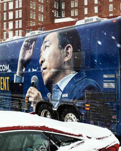 Le bus de campagne d'Andrew Yang.