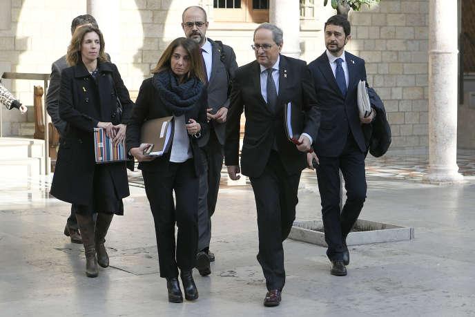 Le président catalan Quim Torra (au premier plan), mercredi 29 janvier 2020 à Barcelone.