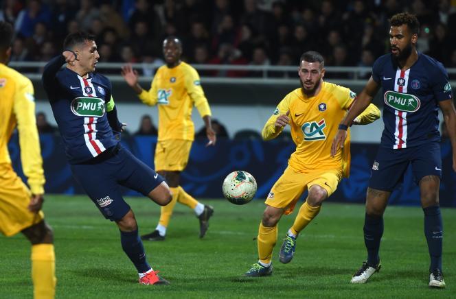 Premier but sous le maillot du PSG pour l'Argentin Leandro Paredes, à Pau mercredi 29 janvier, un an après son arrivée dans le club de la capitale.