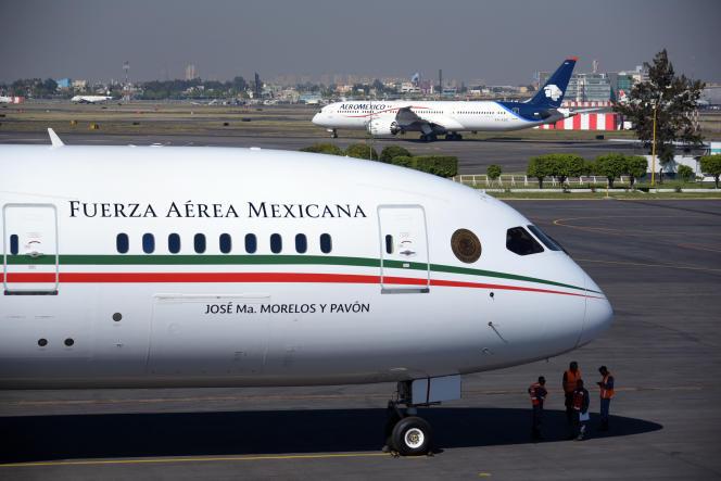 L'avion présidentiel mexicain, un Boeing 787 « Dreamliner»,avait été acquis par le gouvernement du président Felipe Calderon (2012-2018) pour un coût de 218 millions de dollars.