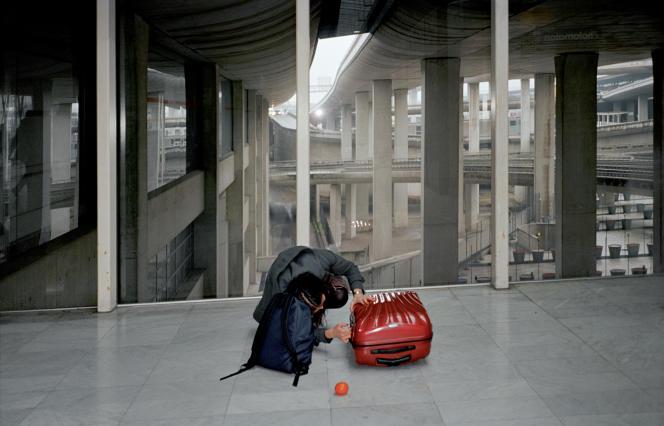 Roissy 2011. Photo extraite de la série«Les failles ordinaires», de Géraldine Lay.