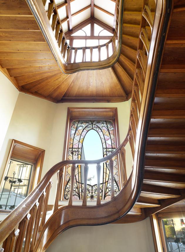 L'escalier principal de la villa Majorelle. La rampe a été dessinée par Henri Sauvage.