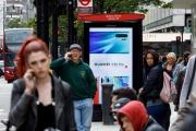 Une publicité Huawei dans le centre Londres, le 29 avril.