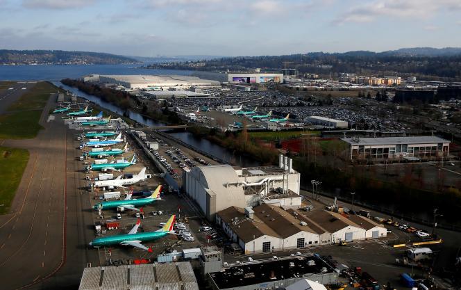 Des Boeing 737 MAX sont stationnés sur le tarmac de l'usine de l'avionneur à Renton (Etat de Washington), en mars 2019.