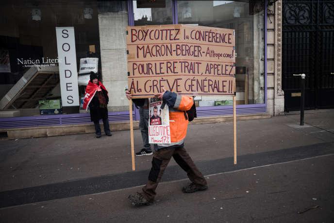 Manifestation contre la réforme des retraites, à Paris, le 29 janvier.