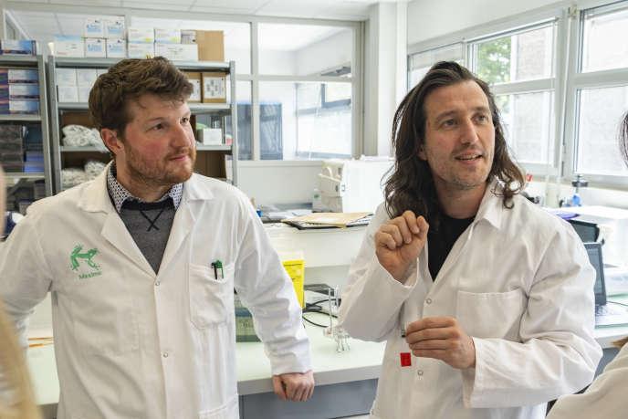 Maxime Feyeux et Kevin Alessandri, les deux cofondateurs de Treefrog Therapeutics.