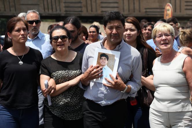 Le 20 janvier, à Buenos Aires, les obsèques de Fernando Baez Sosa, jeune Argentin de 18 ansdécédéaprès avoir été battu par une dizaine de rugbymen dans la nuit du 17 au 18 janvier.