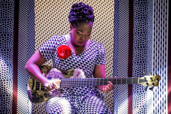 La bassiste et chanteuse Manou Gallo.