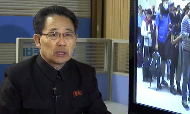 Un haut responsable du ministère nord-coréen de la santé, Kim Dong Gun, le 30 janvier à Pyongyang.