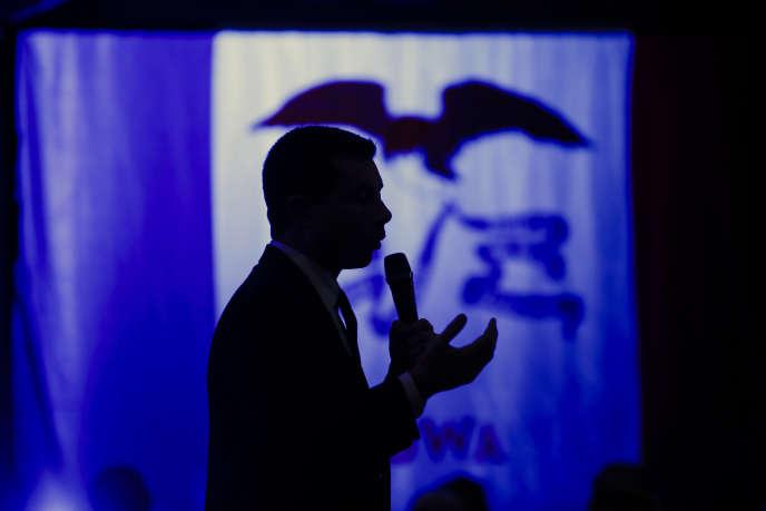 Le candidat à l'investiture démocrate pour la présidentielle américainePete Buttigieg en campagne dans l'Iowa le 30 janvier.